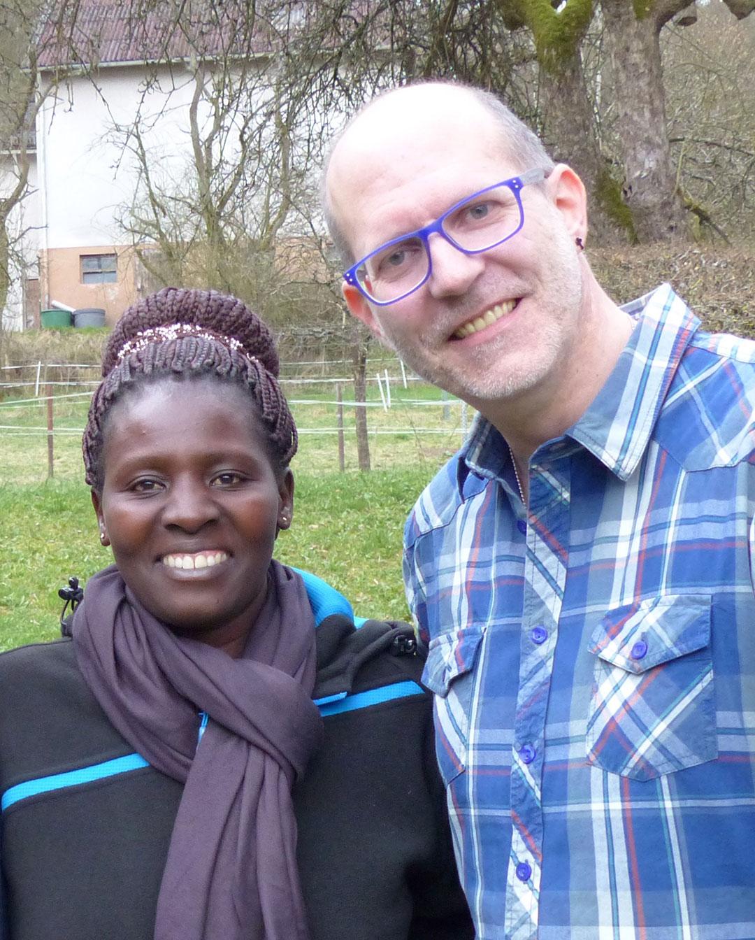 """GER-UGA ist ein internationaler, sozialer, diakonischer Hilfsdienst. Die Arbeit wird auf Basis christlicher Nächstenliebe getragen. Damit möglichst viele Menschen in Uganda davon profitieren können, bitten wir herzlich um Ihre Unterstützung. Schenken Sie Hoffnung. Möchten Sie den Fertigbau der Berufsschule TAVOTI unterstützen oder die Patenschaft für ein mittelloses Kind in Uganda übernehmen, damit dieses die Schule besuchen kann? Das geht ganz einfach. Schreiben Sie uns an oder spenden Sie direkt mit dem Verwendungszweck """"GER-UGA, Schulbau"""" bzw. """"GER-UGA, Patenschaft"""" an:  Inpac e.V. Sparkasse Hanau IBAN: DE06 5065 0023 0037 1453 23 BIC: HELADEF1HAN Ihre Spende kommt garantiert an. Freundliche Grüße Ihr Alexander Kaißer (Arbeitszweig-Leiter GER-UGA)"""